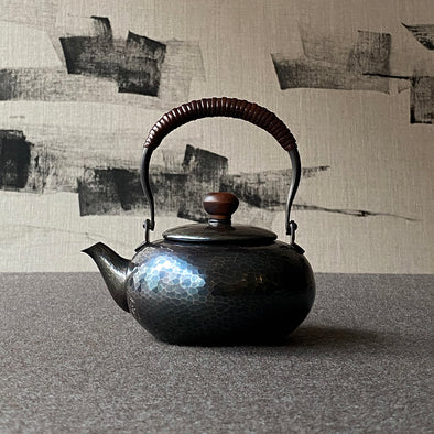 Shikinshoku Flat Teapot Small Tsuiki Copperware