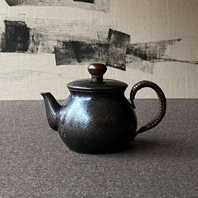 Shikinshoku Back Handle Teapot Small Tsuiki Copperware