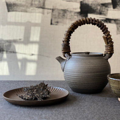 Charcoal Grey Vine Handle Teapot