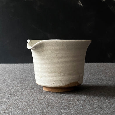 Spouted Matcha Bowl White