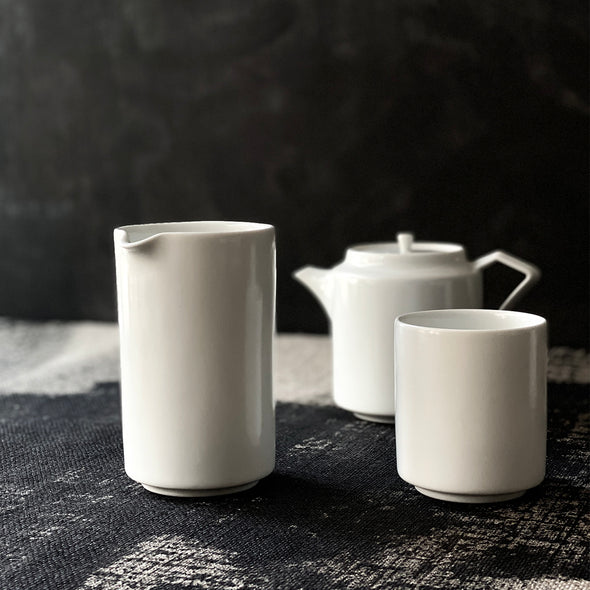 Tea Dealers Collection Pitcher White