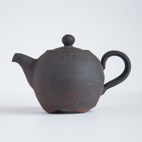 Jeju Onggi Clay Black Teapot With Carved Base