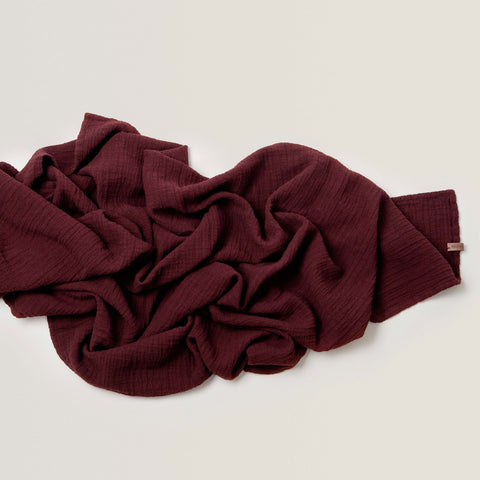 GARBO AND FRIENDS / Muslin swaddle burgundy