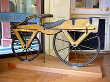 Wooden draisine, the first two-wheeler - Shumee