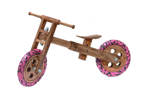 Wooden  Balance bike focus on your child's gross motor skills - Shumee