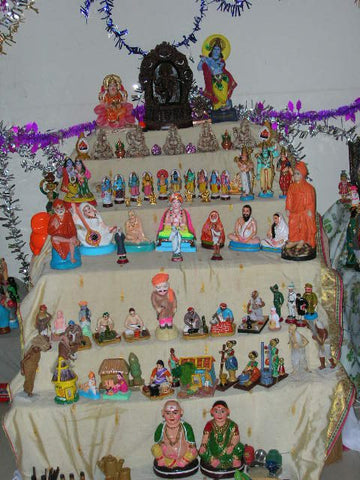 Arrange a Golu at home this Dussehra - Shumee