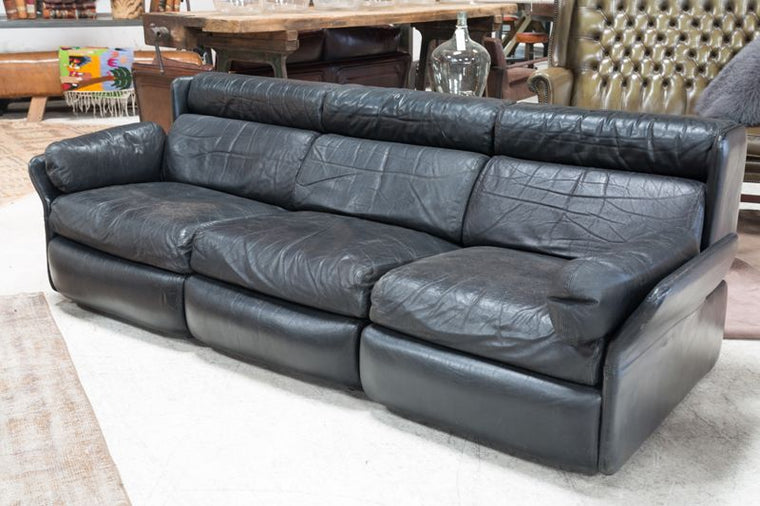 BLACK MODULAR LEATHER SOFA