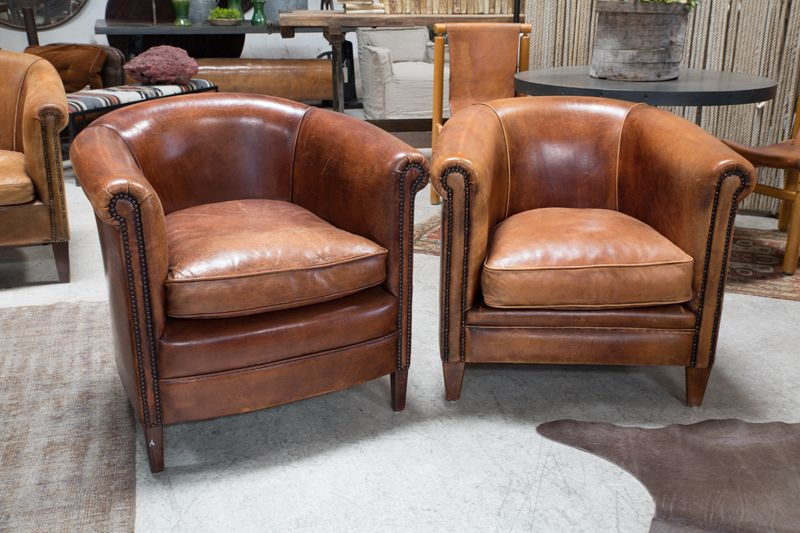 Etonnant VINTAGE LEATHER CLUB CHAIRS