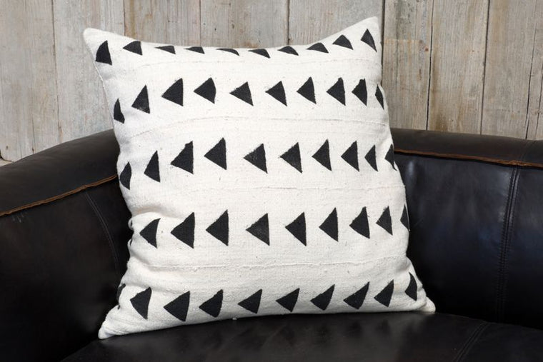 VINTAGE AFRICAN MUDCLOTH PILLOW - LARGE - D/S