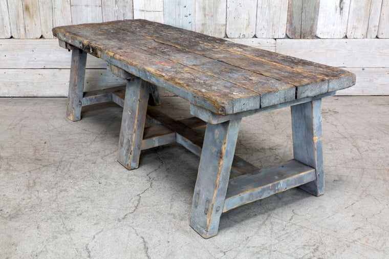 VINTAGE LOW WORK BENCH