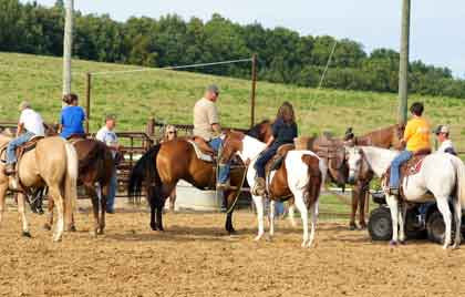 WEEKLY ROPING CLINICS