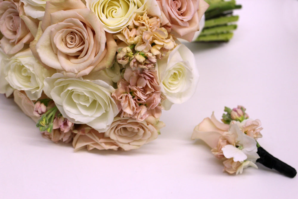 Peach and Cream Wedding Flowers Anissa Rae Flowers NYC