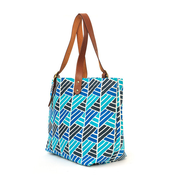 The Canvas Buckle Tote