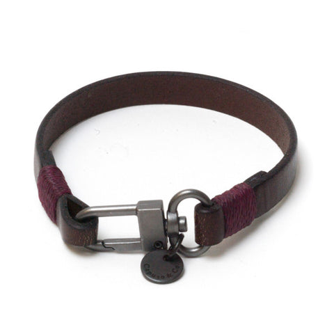 The Clean Leather Bracelet