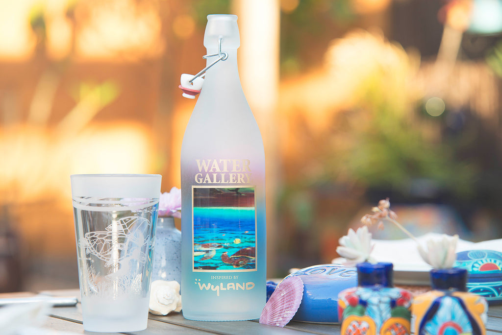 Enhance summer outdoor dining with Gallery Drinkware!