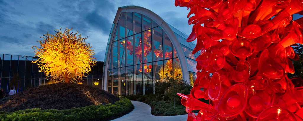 Dale Chihuly Garden and Glass in Seattle at nighttime