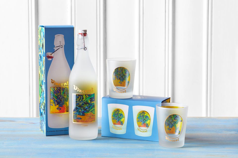 The release of our Van Gogh Museum Collection of limited-edition decorative glass water bottles and drinkware has begun.