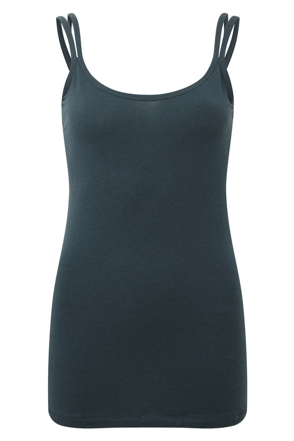 Stunning merino wool yoga vest top, in Teal Azure, provides a superior sports lux feel. Natural and sustainable, Merino Wool's thermo regulatory properties keep you cool when it's hot, and warm when it's cool. Blended with cooling ECO friendly Lenzing TENCE gives a softer hand feel.