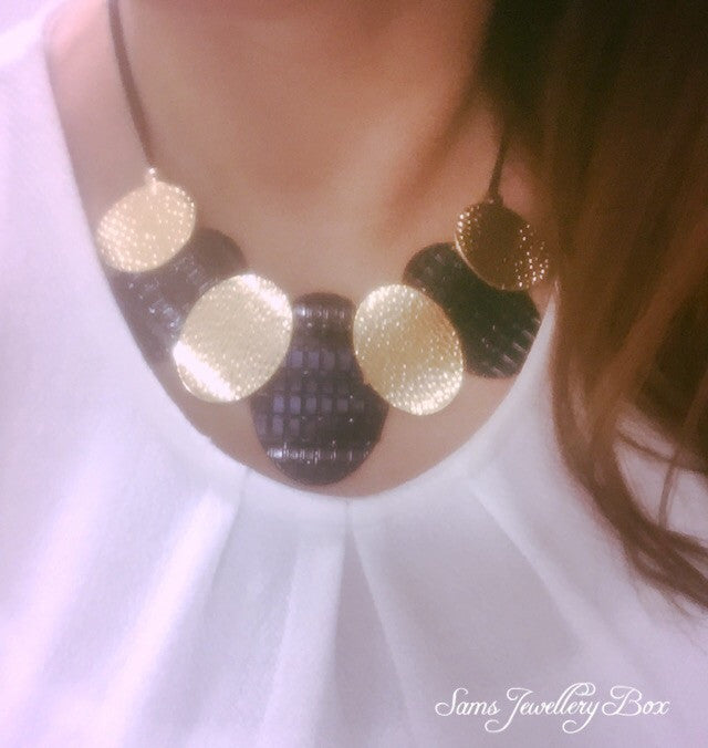 Circular statement necklace