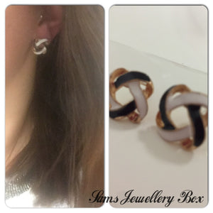 Black & White twist stud earrings