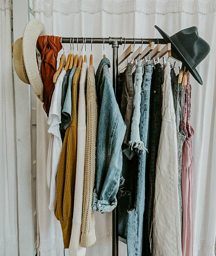 How to create a capsule wardrobe within 6 months!