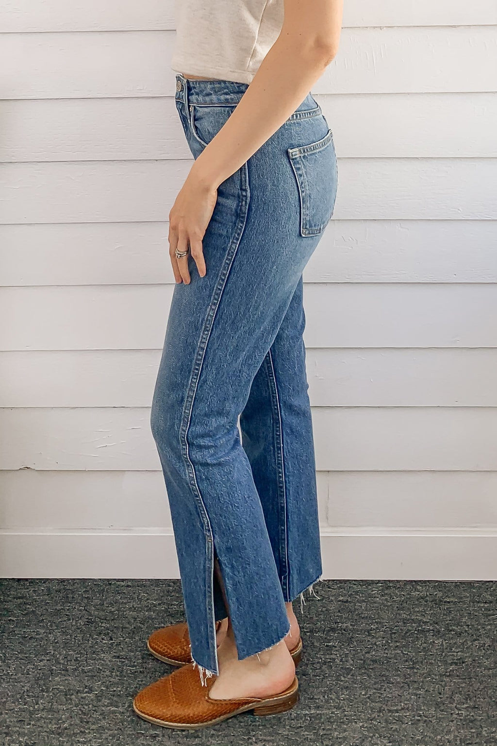 No End Side Slit Kick Flare Jean