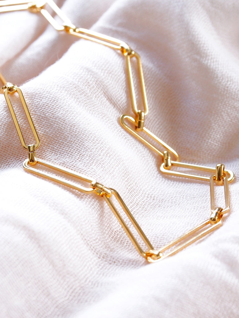 Gold Necklace - Interlocking Gold Filled Paperclip Chain Necklace - Malie - ke aloha jewelry