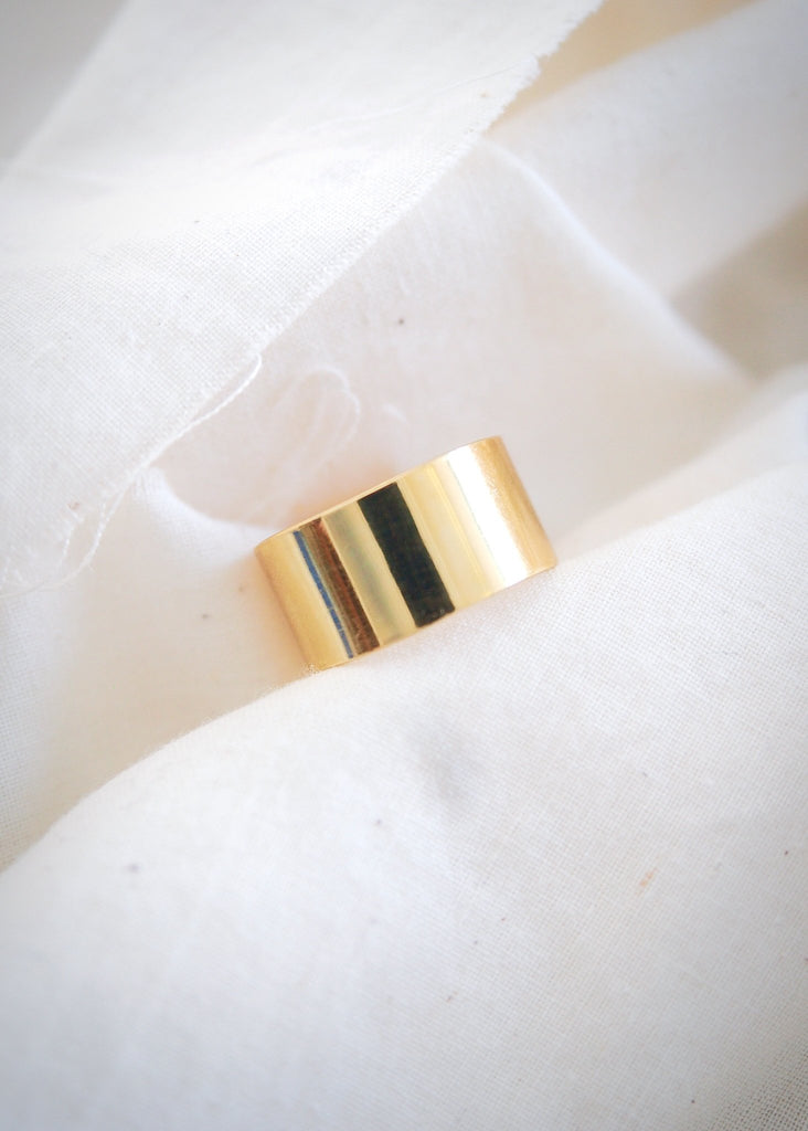 Rings - Medium Vermeil Gold Cigar Band Ring - Kahekili II - Ke Aloha Jewelry
