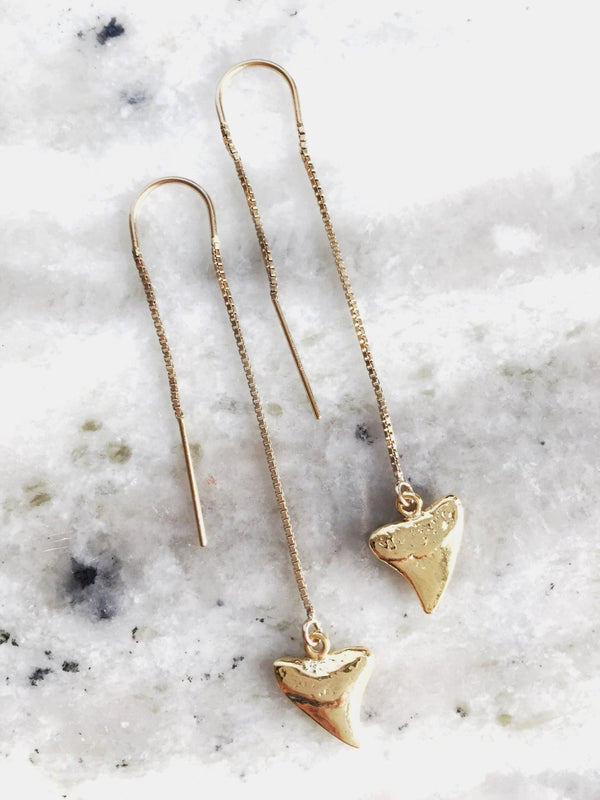 Petite Gold Shark Tooth Threader Earrings - Mano Petite - Ke Aloha Jewelry