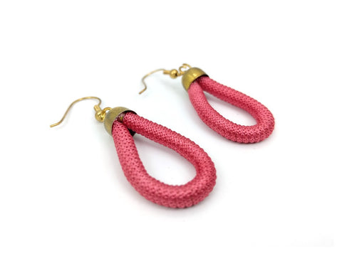 Thread Loop Earring ( pink)