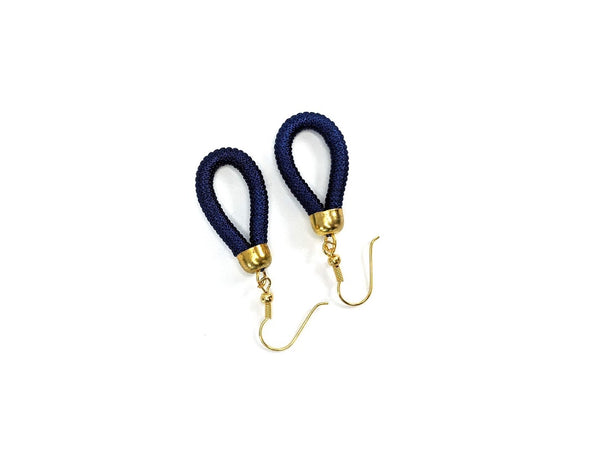 Thread Loop Earring (Navy)