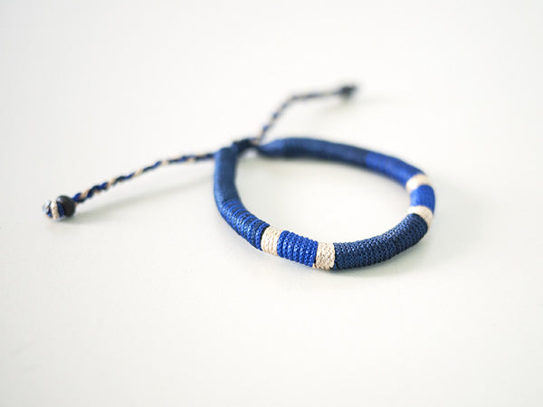 Thread-Wrapped Bracelet (Blue)
