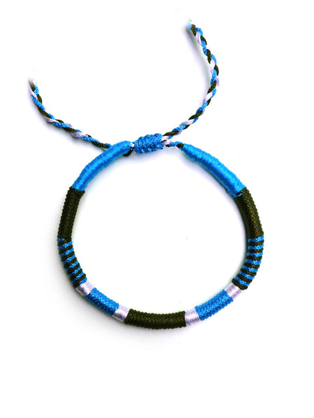 Thread-Wrapped Bracelet (Light Blue)