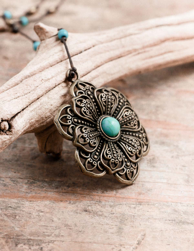 Bronze and Turquoise Flower Alloy Necklace
