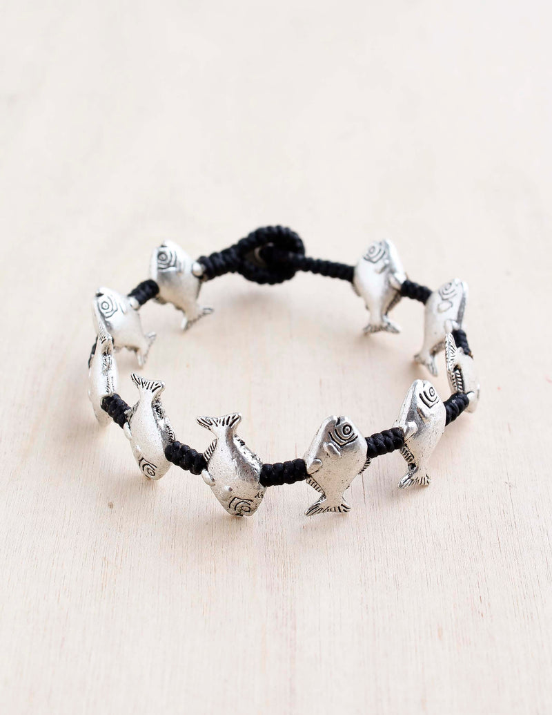 alloy, bali queen, coco rose, silver, rhodium, hypoallergenic, tribal jewelry, single strand, fish, lakes, fish bracelet