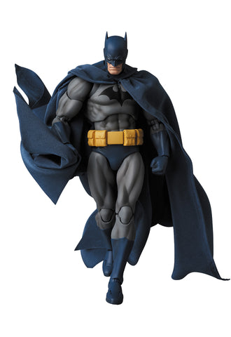 HUSH MAFEX BATMAN