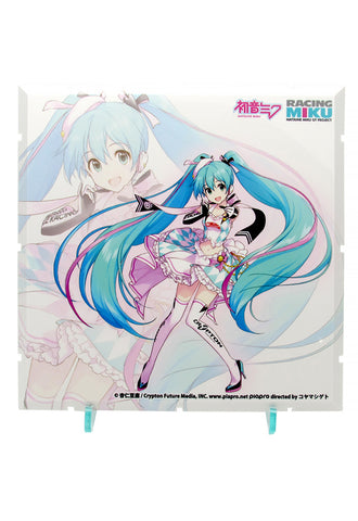 Dioramansion 150 PLM Dioramansion 150: Racing Miku Pit 2019 Optional Panel (Key Visual 1)
