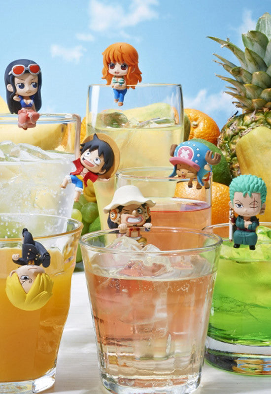 One Piece MEGAHOUSE OCHATOMO PIRATE'S TEA TIME (Box of 8 Random Character)