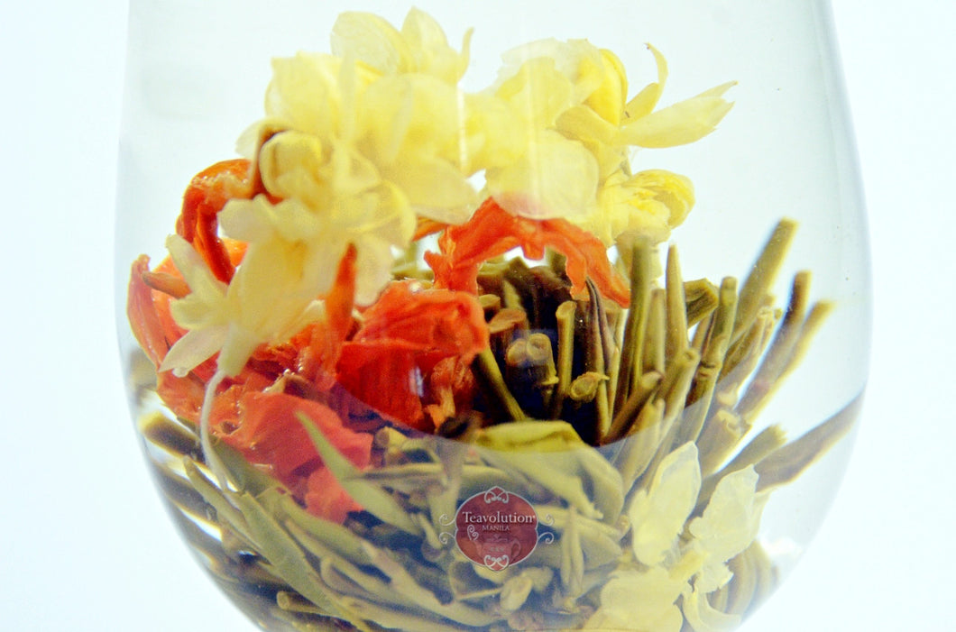 Lily's Basket Blooming Tea