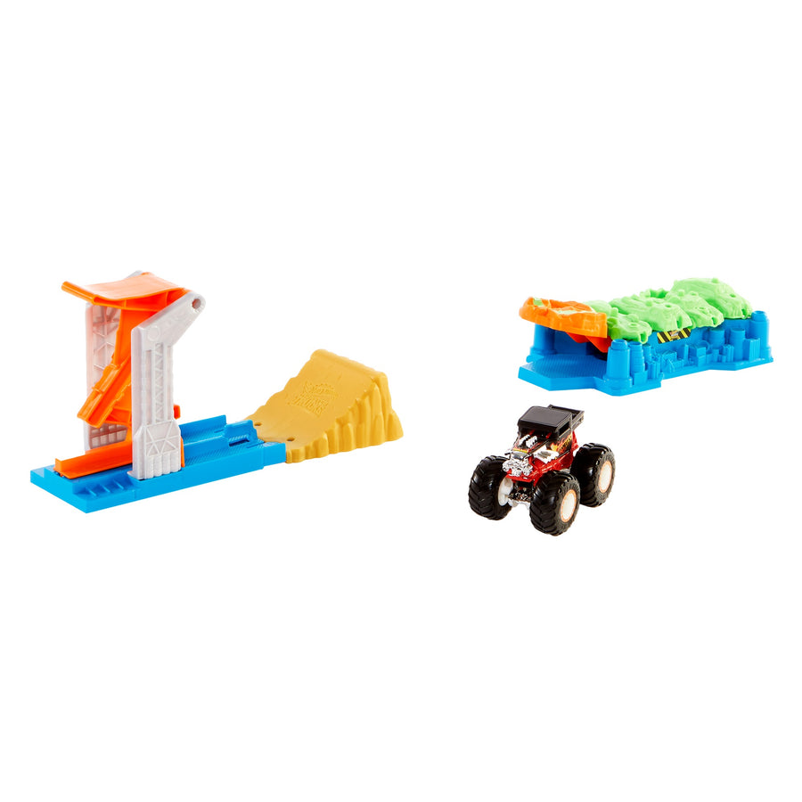 Hot Wheels Monster Trucks Launch & Bash Play Set with 4 Crushed Cars