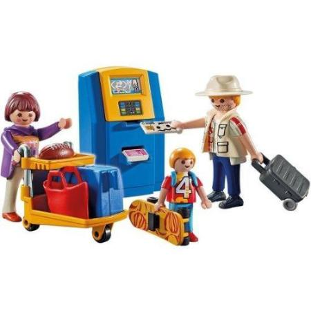 Playmobil City Action Family At Check-In 5399