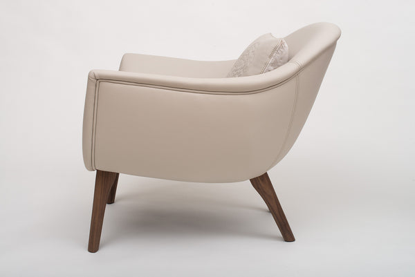 Bella Rest Chair - Furniture - Midsummer. Made in italy leather chair.