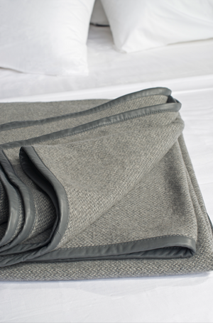 Open image in slideshow, Cavalieri Blanket - Grey