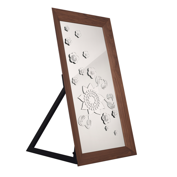 Luxury mirror. Wood and flowers.