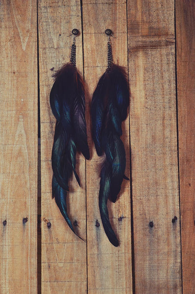 Lola Feather Earrings