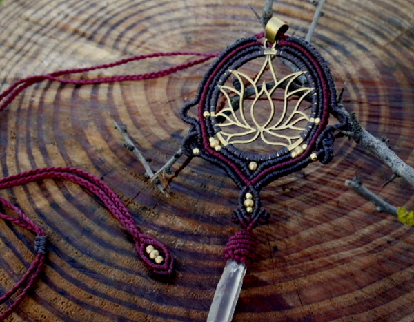 Lotus Macramé & Quartz Necklace