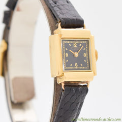 1960s Ladies Vintage Universal Geneve 18k Yellow Gold