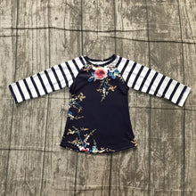 Load image into Gallery viewer, Abby Floral Print Raglan Tee