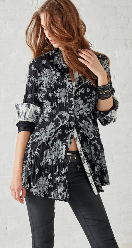 BLACK TOILE SHIRT