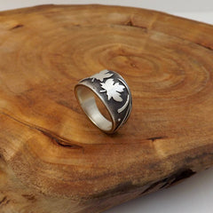 Silver Maple Leaf Ring - Size 7